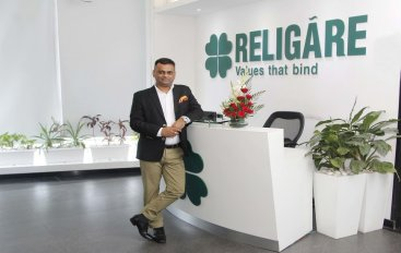 1531753528_4S6GTT_Ashish_Anand_Group_head_Human_Resources_at_RELIGARE_HK_5_870x470.jpg